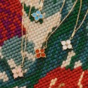 Pendentif croix emmaillée bleu