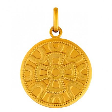 Médaille motif mérovingien
